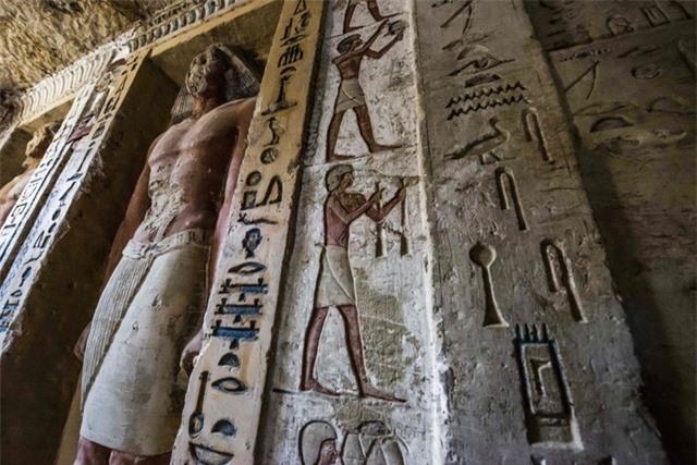 Bên trong ngôi mộ 4000 năm tuổi của một thành viên hoàng gia Ai Cập cổ đại - Ảnh 2.