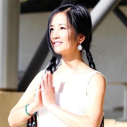 Hồng Nhung hé lộ cuộc sống với cặp song sinh tại Mỹ - Ảnh 1.