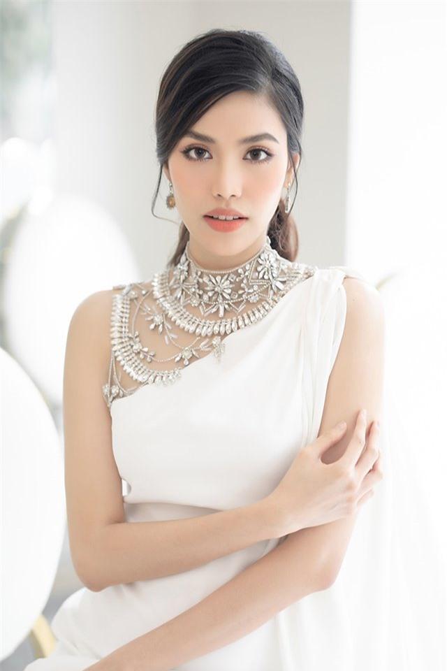 sieu-mau-lan-khue-1-ngoisao.vn-w640-h960 2
