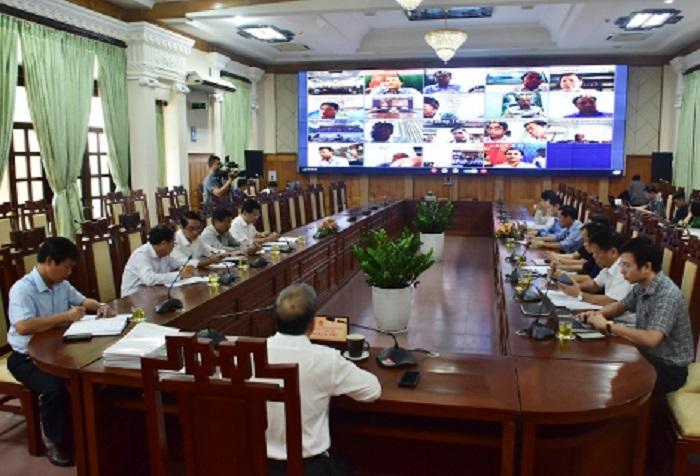 Chủ tịch UBND tỉnh Thừa Thiên Huế chủ trì cuộc họp trực tuyến của Ban Chỉ đạo phòng, chống dịch Covid-19 tỉnh