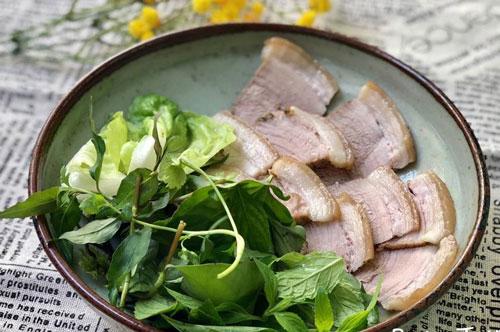 Quên món thịt luộc truyền thống đi, đây mới là cách chế biến thịt ba chỉ ngon, lạ lại giữ trọn dinh dưỡng