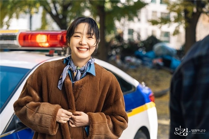 Ngất lịm với loạt ảnh hậu trường Bệ Hạ Bất Tử: Lee Min Ho đẹp miễn bàn, xuất sắc nhất lại là thần thái của Kim Go Eun - Ảnh 5.
