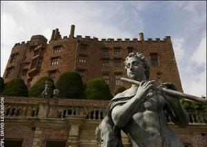 Lạnh người với những lâu đài ma ám đáng sợ nhất thế giới - ảnh 8
