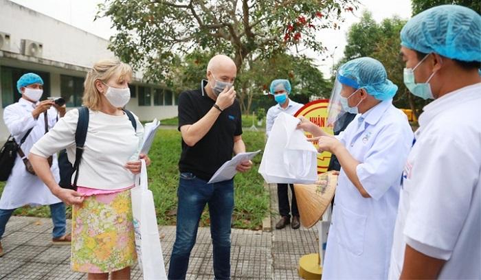 4 bệnh nhân nhiễm Covid-19 điều trị tại Huế đã khỏi bệnh và được xuất viện. Hiện tại tỉnh này không còn người mắc Covid-19
