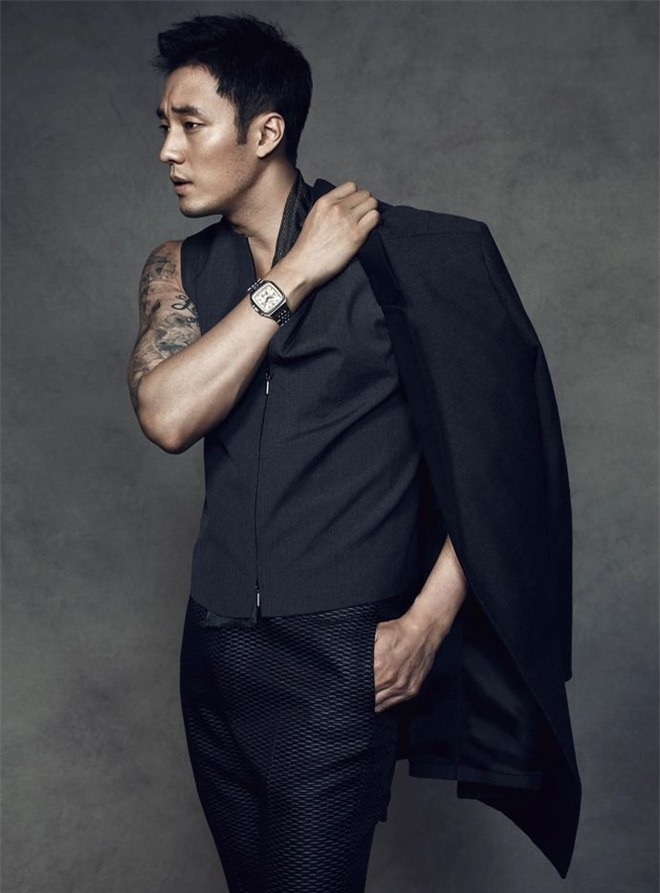 So Ji Sub: Đại gia showbiz cưới mỹ nữ Liên minh huyền thoại được triệu đàn ông khao khát - Ảnh 1.