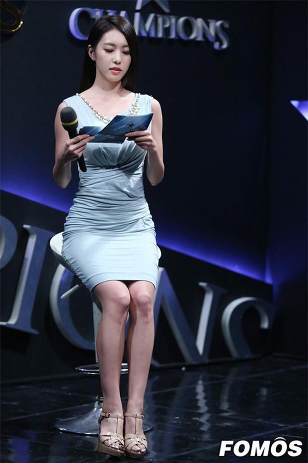 So Ji Sub: Đại gia showbiz cưới mỹ nữ Liên minh huyền thoại được triệu đàn ông khao khát - Ảnh 15.
