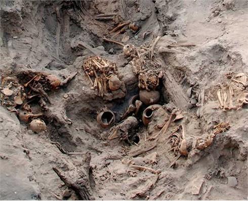Hầm mộ chứa 80 xác ướp hàng ngàn năm tuổi