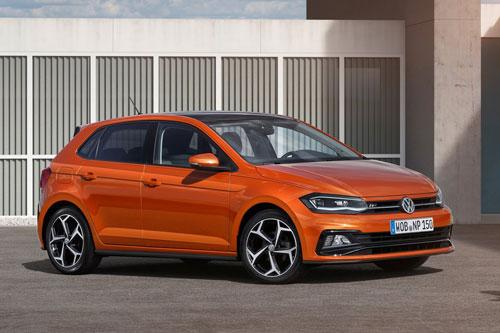 5. Volkswagen Polo (doanh số: 5.371 chiếc).