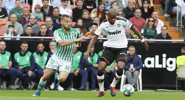 Kondogbia đang là một trong những tiền vệ trung tâm hay nhất La Liga