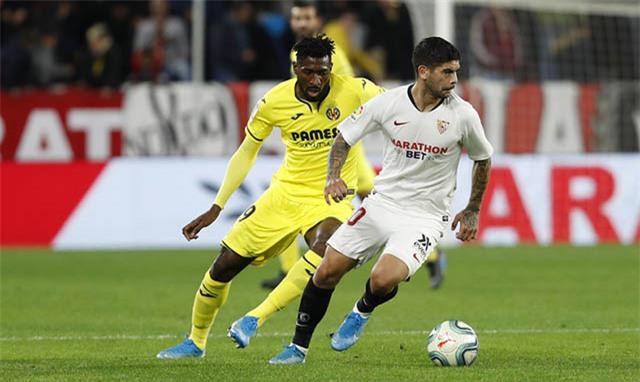 Anguissa (áo vàng) đã chơi gần 2.000 phút ở mùa giải 2019/20