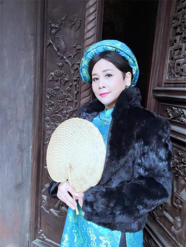 """Nhan sắc xinh đẹp mặn mà của """"vợ"""" Ngọc Hoàng - Quốc Khánh - Ảnh 5."""