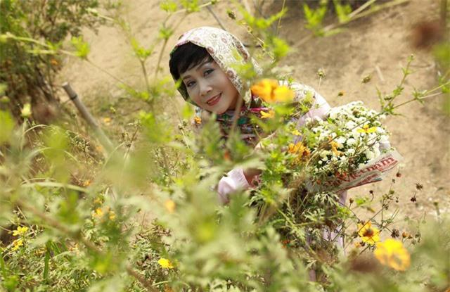 """Nhan sắc xinh đẹp mặn mà của """"vợ"""" Ngọc Hoàng - Quốc Khánh - Ảnh 6."""