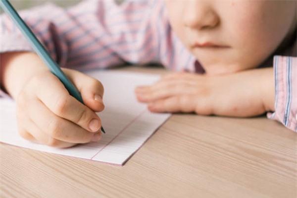 """Sống tích cực: Những bài học từ bức thư của vị CEO gửi khách hàng """"nhí"""" 5 tuổi rưỡi - ảnh 2"""