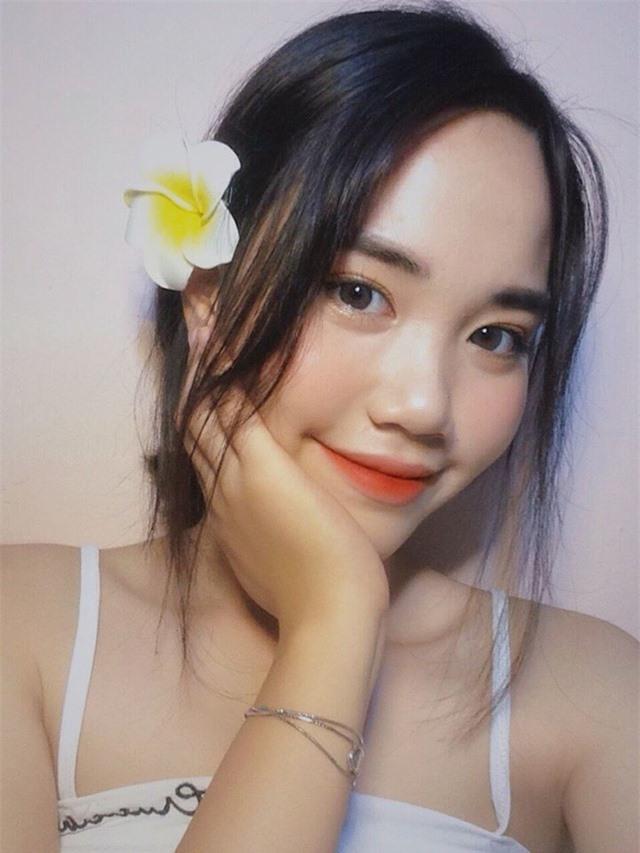 Nữ sinh ĐH Văn hóa gây chú ý vì giống hệt ca sĩ Hàn Quốc - 6
