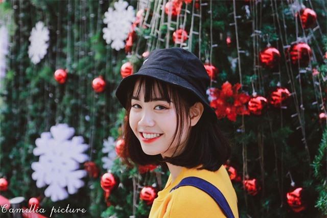 Nữ sinh ĐH Văn hóa gây chú ý vì giống hệt ca sĩ Hàn Quốc - 8