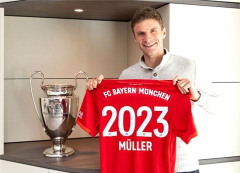 Suốt 12 năm qua, Thomas Mueller chỉ khoác áo một CLB duy nhất, đó là Bayern và anh vừa kéo dài hợp đồng với đội bóng đến 2023