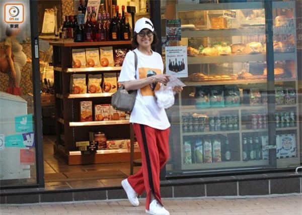 """Phận đời của Hoa đán nổi danh TVB từng bị bạn trai kém tuổi """"đá"""" chạy theo gái trẻ - 15"""
