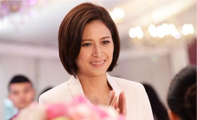 """Phận đời của Hoa đán nổi danh TVB từng bị bạn trai kém tuổi """"đá"""" chạy theo gái trẻ - 16"""
