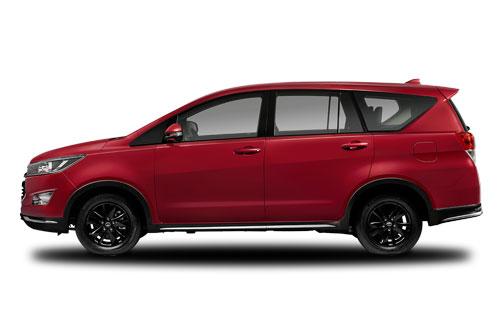 2. Toyota Innova (doanh số: 544 chiếc).