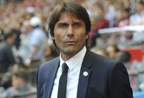 2. Antonio Conte (Inter Milan, khoảng 30 triệu euro/năm).