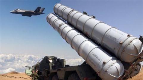 Nga noi qua khi S-300PS tom gon F-35 Na Uy