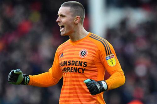 =3. Henderson (Sheffield United) - Số trận giữ sạch lưới: 10/27.