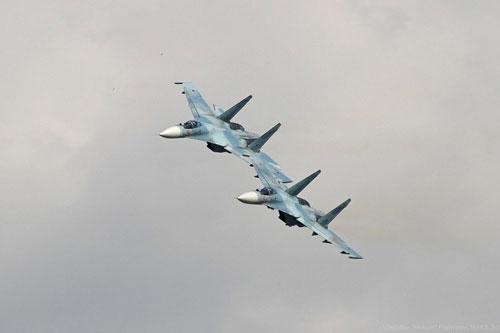 Kể từ khi tiêm kích Su-27SM3 rơi (hôm 25/3), lực lượng tìm kiếm Nga vẫn chưa tìm được dù chỉ một mảnh vỡ nào cũng như số phận viên phi công và những hệ thống tối tân của máy bay. Điều này đặt ra câu hỏi đến tính hiệu quả của những thiết bị Nga huy động tham gia chiến dịch tìm kiếm.