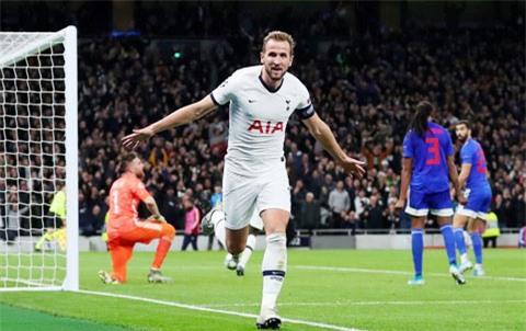 Kane không chỉ ghi nhiều bàn thắng, mà còn là thủ lĩnh mọi mặt tại Tottenham