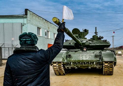 Sư đoàn bộ binh cơ giới số 2 Taman đã nhận được lô xe tăng chiến đấu chủ lực T-90M Proryv-3 đầu tiên. Ảnh: RIA Novosti.