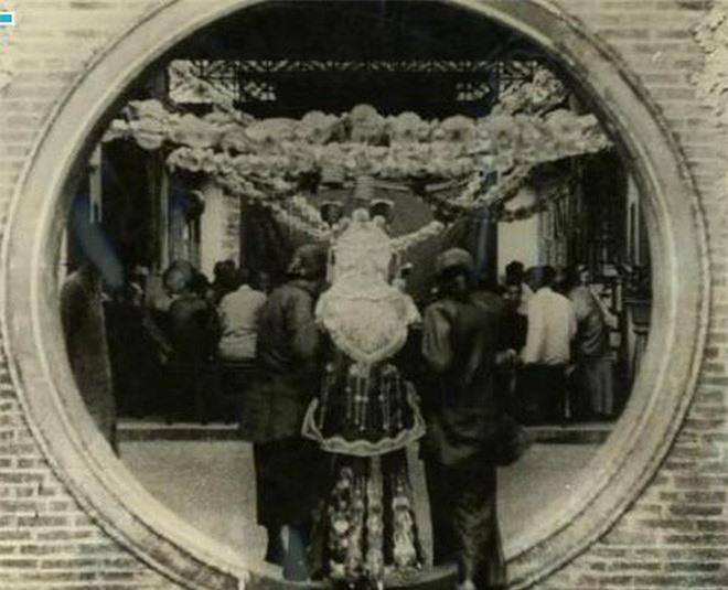 Ảnh hiếm về cách tổ chức hôn lễ của một gia đình quý tộc Trung Quốc thời nhà Thanh - Ảnh 14.