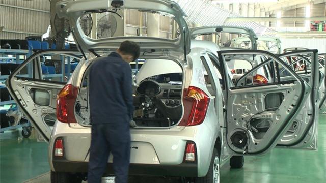 Doanh số bán ô tô tháng 3 tăng nhẹ - Ảnh 2.