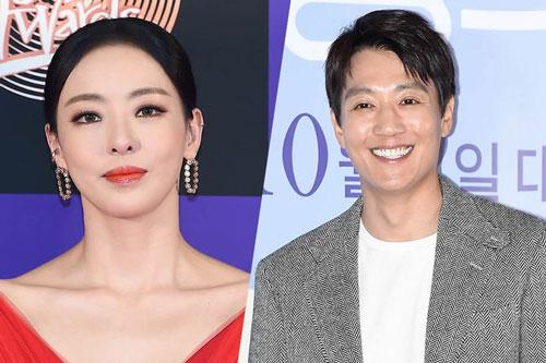 Kim Rae Won và Lee Da Hee.