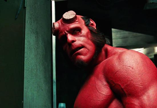 Ron Perlman từng gây ấn tượng trong hình ảnh Quỷ đỏ.