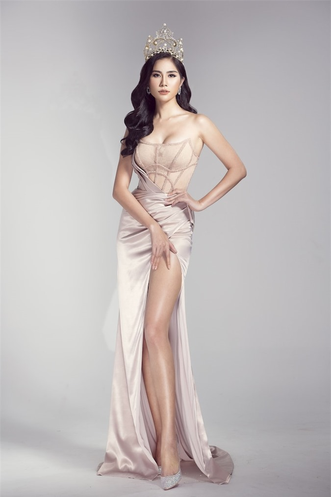 10 hoa hậu Việt sở hữu đôi chân đẹp chuẩn mực: Tiểu Vy - Lương Thùy Linh so kè H'H'Hen Niê - Ảnh 17