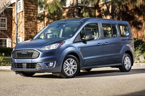 4. Ford Transit Connect 2020 (giá khởi điểm: 28.315 USD).