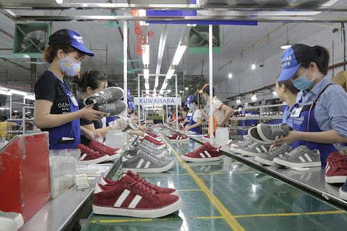 Tốc độ tăng xuất khẩu của ngành da giày vào EU dự báo sẽ gấp đôi vào 2025 (Ảnh: Internet)