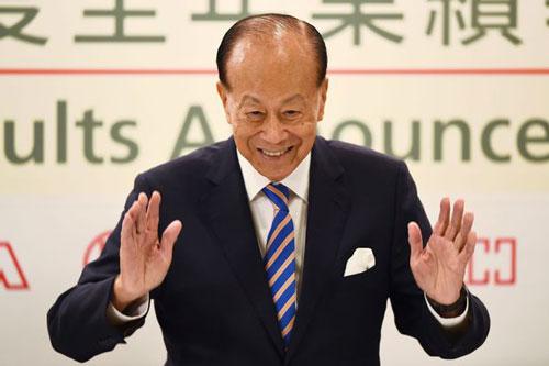 Tài sản của ông Lý Gia Thành tăng 3 tỷ USD trong năm nay. Ảnh: Wall Street Journal.