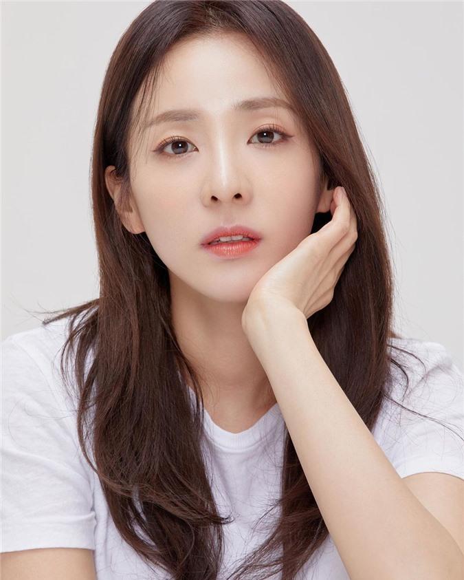 Chỉ bằng 1 bức ảnh, Dara đã khiến dân tình đứng ngồi không yên: Nữ thần đẹp nhất YG một thời đã trở lại rồi! - Ảnh 2.