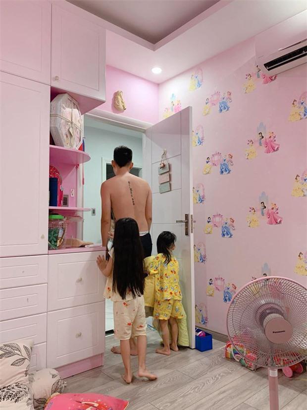 Hài hước chuyện con gái Ốc Thanh Vân 7 tuổi đã biết trả lời thư của mẹ, còn mách tội anh hai như thế này đây - Ảnh 4.