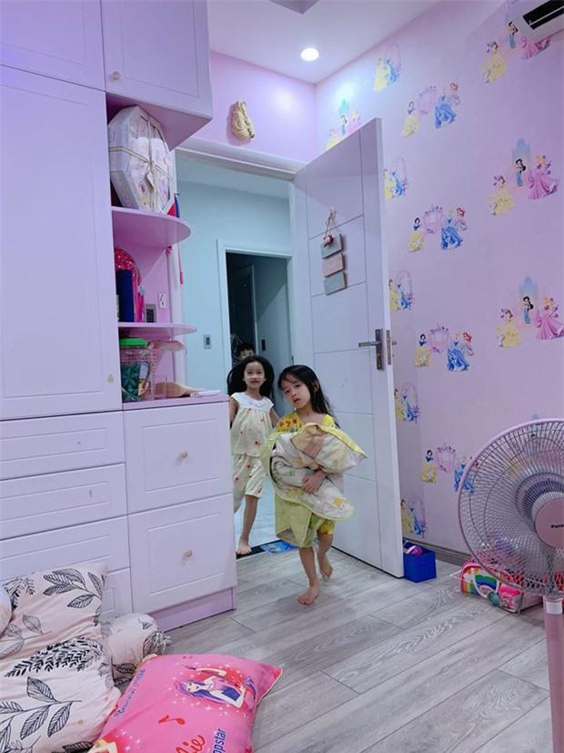 Hài hước chuyện con gái Ốc Thanh Vân 7 tuổi đã biết trả lời thư của mẹ, còn mách tội anh hai như thế này đây - Ảnh 5.
