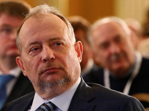 2. Vladimir Lisin - 18,1 tỷ USD: Ông Lisin ban đầu là một thợ sửa điện trong mỏ than ở Siberia, sau đó trở thành thợ thép trước khi làm việc cho một nhóm thương nhân thống trị sân chơi xuất khẩu nhôm và thép của Nga. Tỷ phú Lisin nắm phần lớn cổ phần tại Công ty thép Novolipetsk Steel. Ảnh: Reuters.