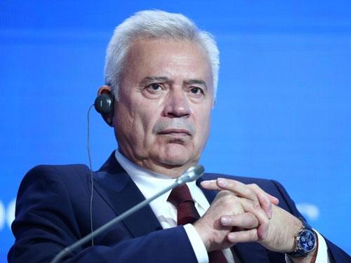 5. Vagit Alekperov - 15,2 tỷ USD: Năm 1991, tỷ phú Alekperov thành lập Lukoil, hiện là công ty dầu mỏ độc lập lớn nhất nước Nga. Ông sở hữu gần 25% cổ phần tại đây. Ảnh: Reuters.
