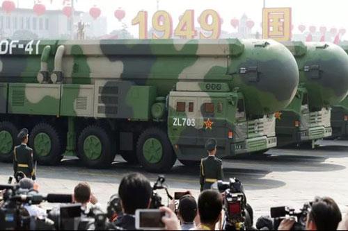 Tên lửa đạn đạo liên lục địa DF-41 trong cuộc diễu binh năm 2019 của Trung Quốc. (Ảnh minh họa: Reuters)