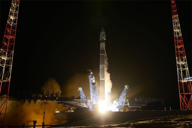 """Chuyên gia: Lầu Năm Góc """"hoảng hồn"""" khi chứng kiến Nga phóng tên lửa diệt vệ tinh - Ảnh 1."""