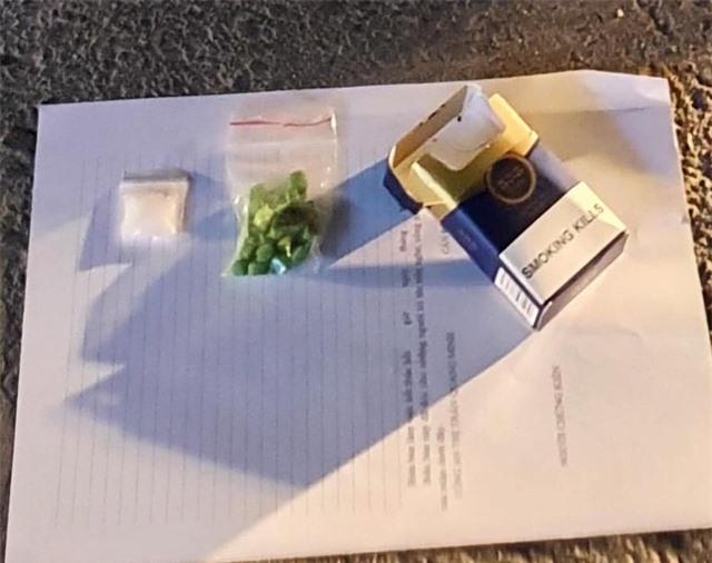 Hà Nội: Cô gái trẻ thuê ô tô để ship ma túy - 2