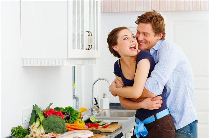 Nấu ăn cùng nhau sẽ mang lại nhiều lợi ích cho tình yêu