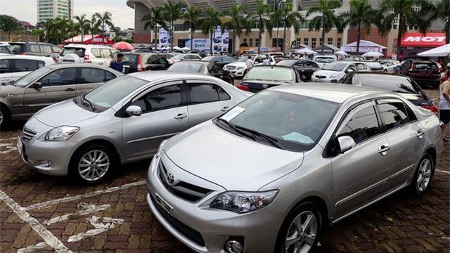 Hụt tiền chi tiêu, sếp đồng loạt rao bán ô tô giá rẻ - 2