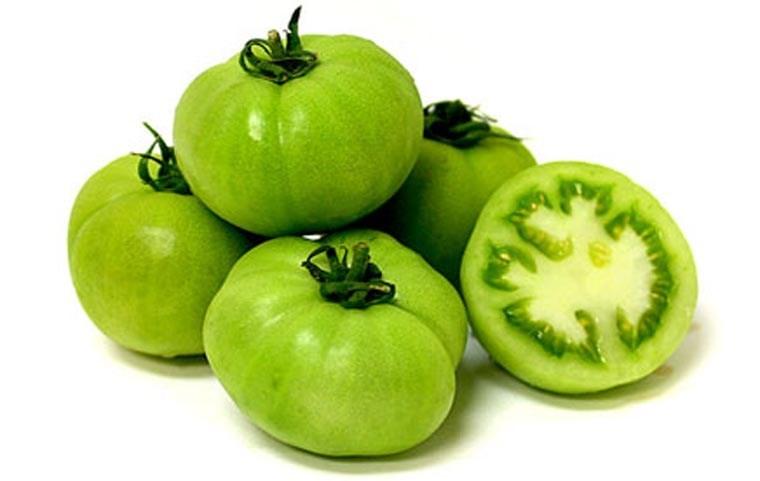 Cà chua xanh chứa solanin gây ngộ độc