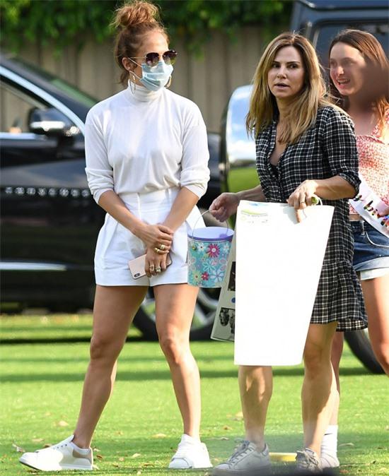 Alex Rodriguez từng tiết lộ anh và J.Lo sẽ mời những người tình cũ tới dự đám cưới của mình, trong đó có Cynthia Scurtis.