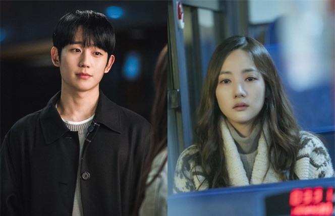 """Không riêng Jung Hae In - Park Min Young, phim của Yoo Seung Ho - Kim Dong Wook cũng gặp """"vận đen"""", tệ nhất là cái tên này - Ảnh 2."""